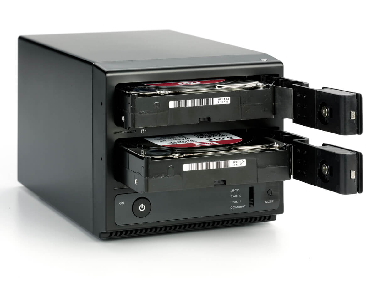 Oyen Digital: Mobius 2-Bay FireWire 800, ESATA, USB 3.0